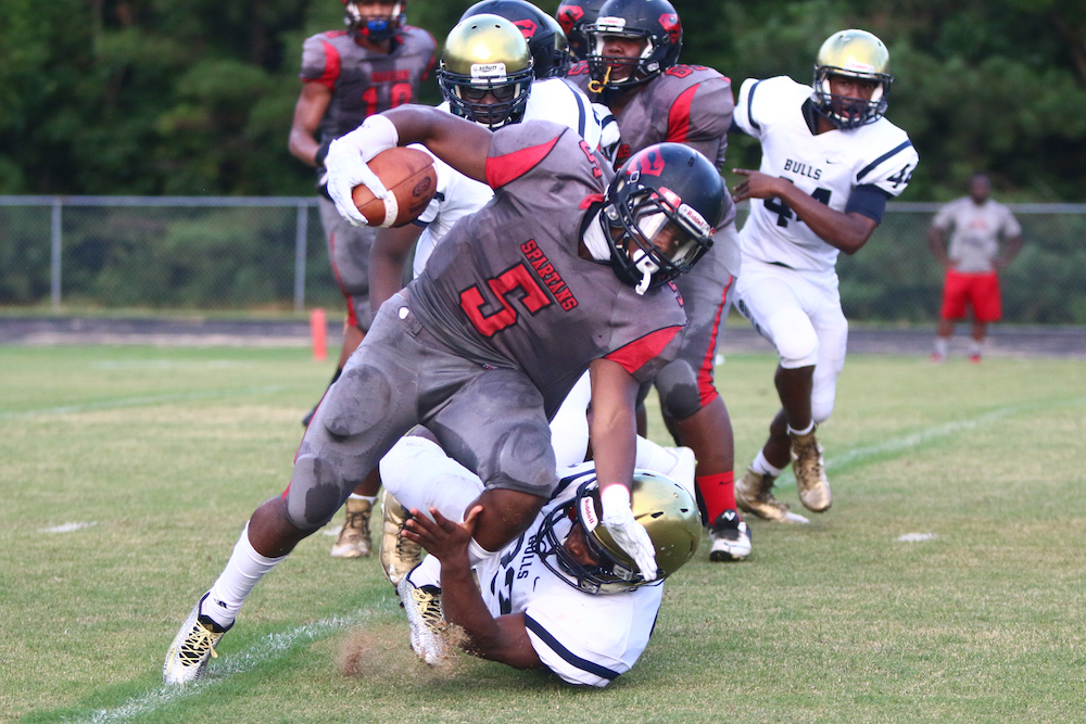 Joey Strong Jr. (5) rushes the ball. Southern Durham defeats E.E. Smith 35-19 on August 19, 2016 in Durham, North Carolina. (Jerome Carpenter/HighSchoolOT Contributor)